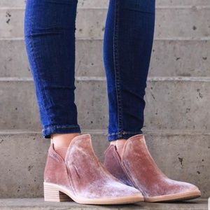 TAY ankle boot
